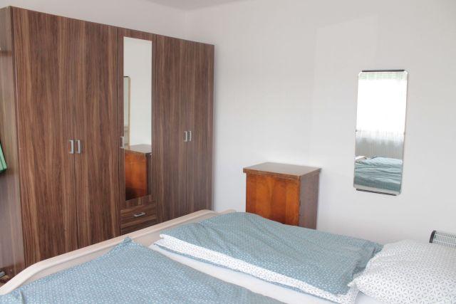 Schlafzimmer (zweite Sicht)